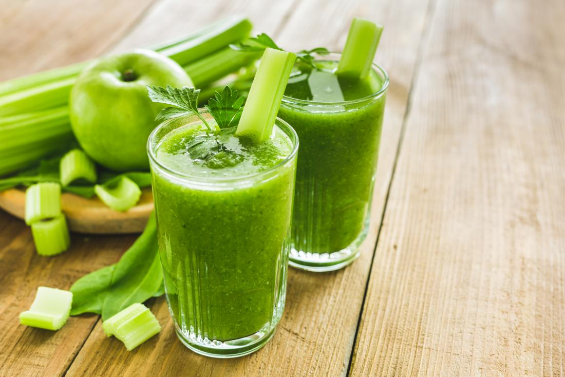 11-ways-to-lose-ten-pounds-in-a-week-shown-by-green-apple-and-celery-smoothie