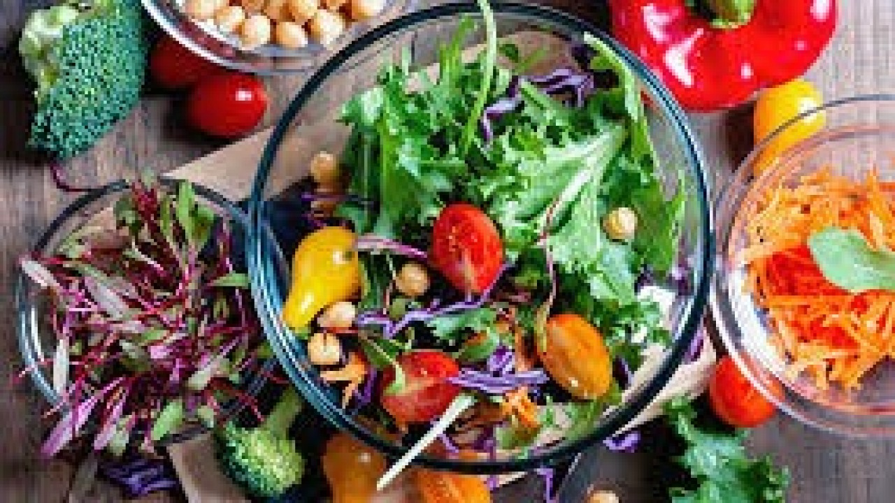 2 Vegetarian Diet Plans that will Help You Shed those Extra Kilos!